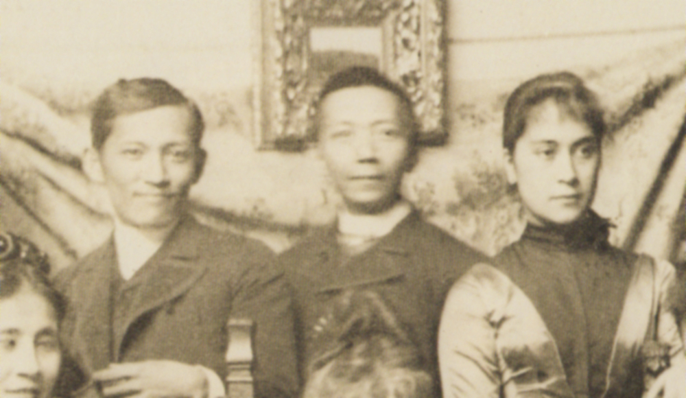 (L-R) Jose Rizal, Felix Resurrecion Hidalgo and Nellie Bousted, whom Rizal would have married had she not insisted that he renounce his Catholic faith and become a Protestant. (Source: In Excelsis: The Mission of Jose P. Rizal)