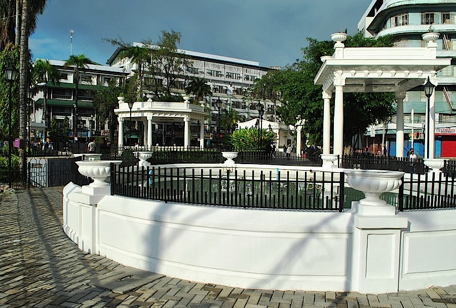 Plaza Pershing  (Photo by Bernard Supetran)