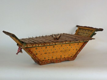 A Mindanao xylophone (Photo copyright © the Richard Gervais Collection)