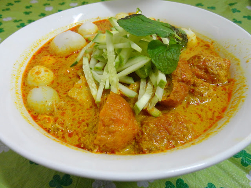 Nonya Laksa (Source: cook4youme.blogspot.com)