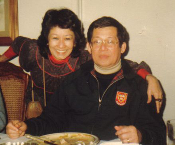 Aquino and sister Lupita in the U.S. (Photo courtesy of Ken and Lupita Kashiwahara)