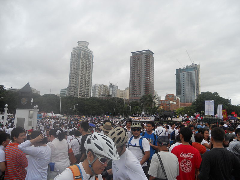 Multi-sectoral groups join the Million People March against pork barrel (Source: Wikimedia Commons)