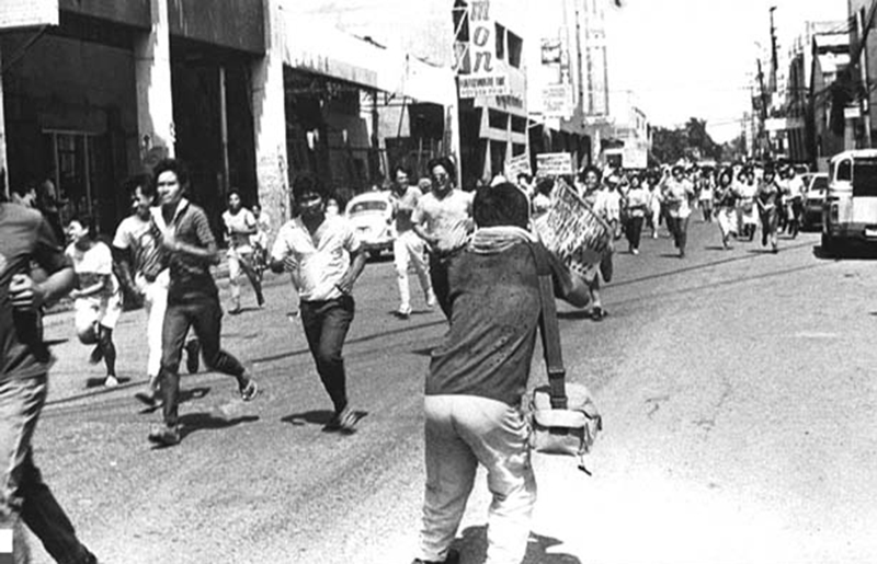 Bacolod workers being dispersed during a Labor Day rally in 1978 (Source: cpcabrisbane.org and Museum of Courage and Resistance)