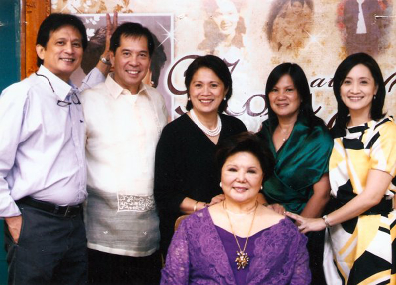 Taking after their famous mother, the Daza children are all involved in the culinary arts, as restauranteurs or cookbook authors. (Standing L-R) Gabriel III (Bong), Sandy, Mariles, Stella and Nina, (Seated) Nora Daza.  (Source; facebook.com)