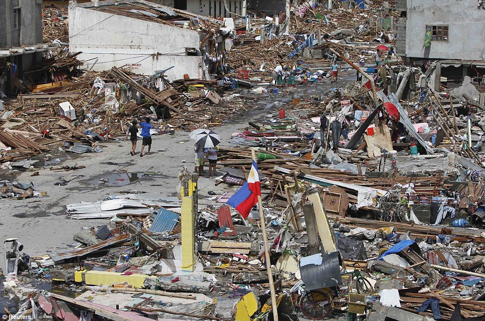 Tacloban City after the typhoon (Photo: Reuters via DailyMail)