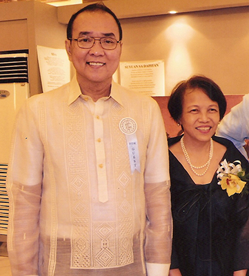 Marites Danguilan-Vitug with husband, Vet (Photo courtesy of Marites Vitug)