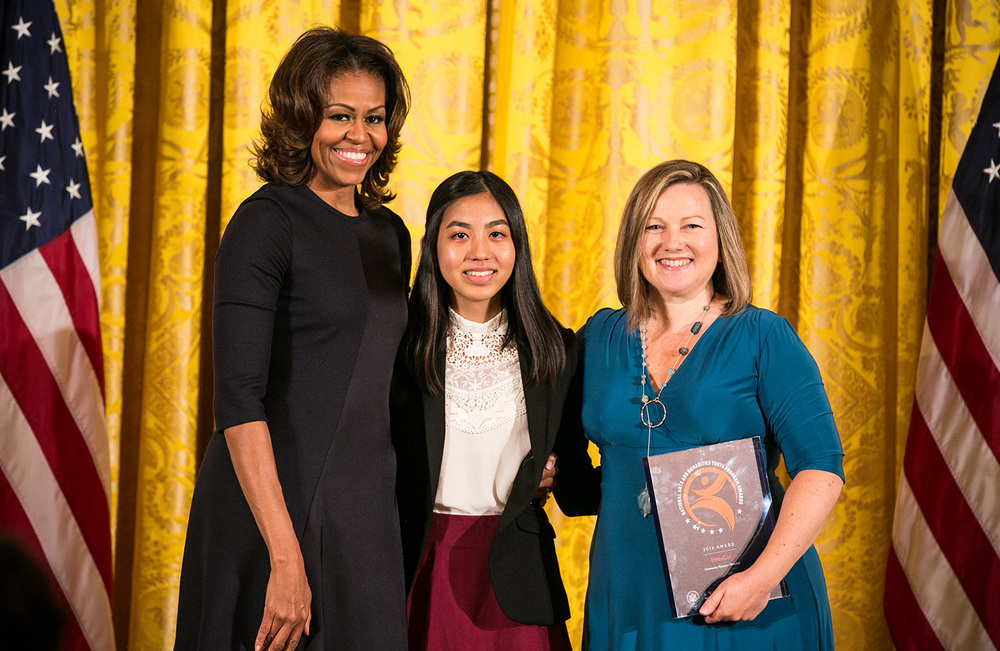 (L-R) First Lady Michelle Obama, Jacqueline Uy and WriteGirl founder and executive director Keren Taylor (Photo courtesy of WriteGirl)