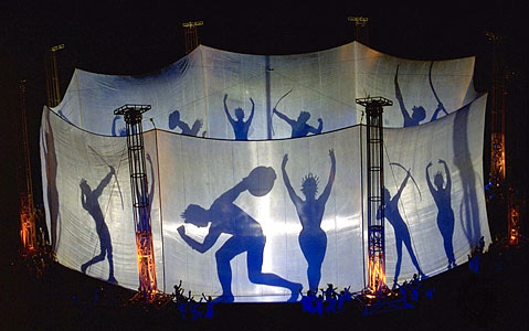 Remember the highlight of the Atlanta 1996 opening ceremony – a silhouette recreation of the Temple of Zeus in the form of an amphora?  This effect was tested in tight secrecy at the L.A. Memorial Coliseum a full year before the actual date in Atlanta. The Don Mischer Company, which produced both the Atlanta 1996 and Salt Lake 2002 ceremonies, were signed up three years before the actual events. Planning for the Rio 2016 ceremonies started at the end of 2011.  (Source: Don Mischer Productions)