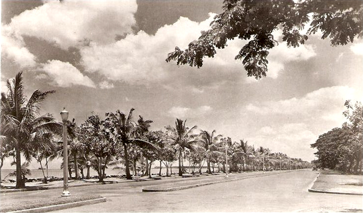 Dewey Boulevard in the Forties