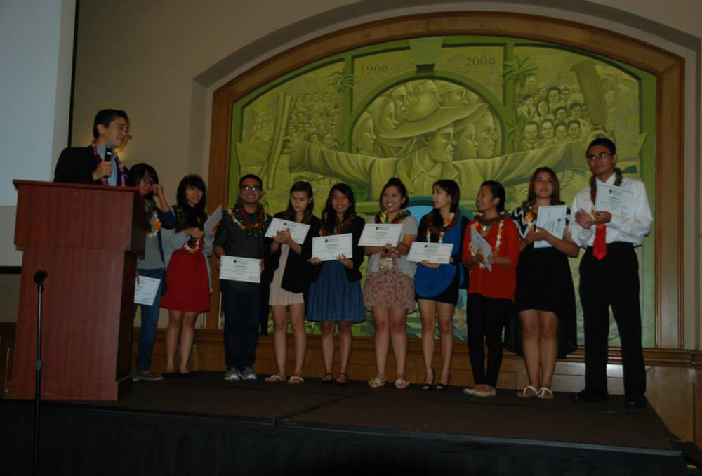 The finalists to the Letter to My Parents™ Contest held last November, 2013 (Photo by Precious Arao/FilCom Center)