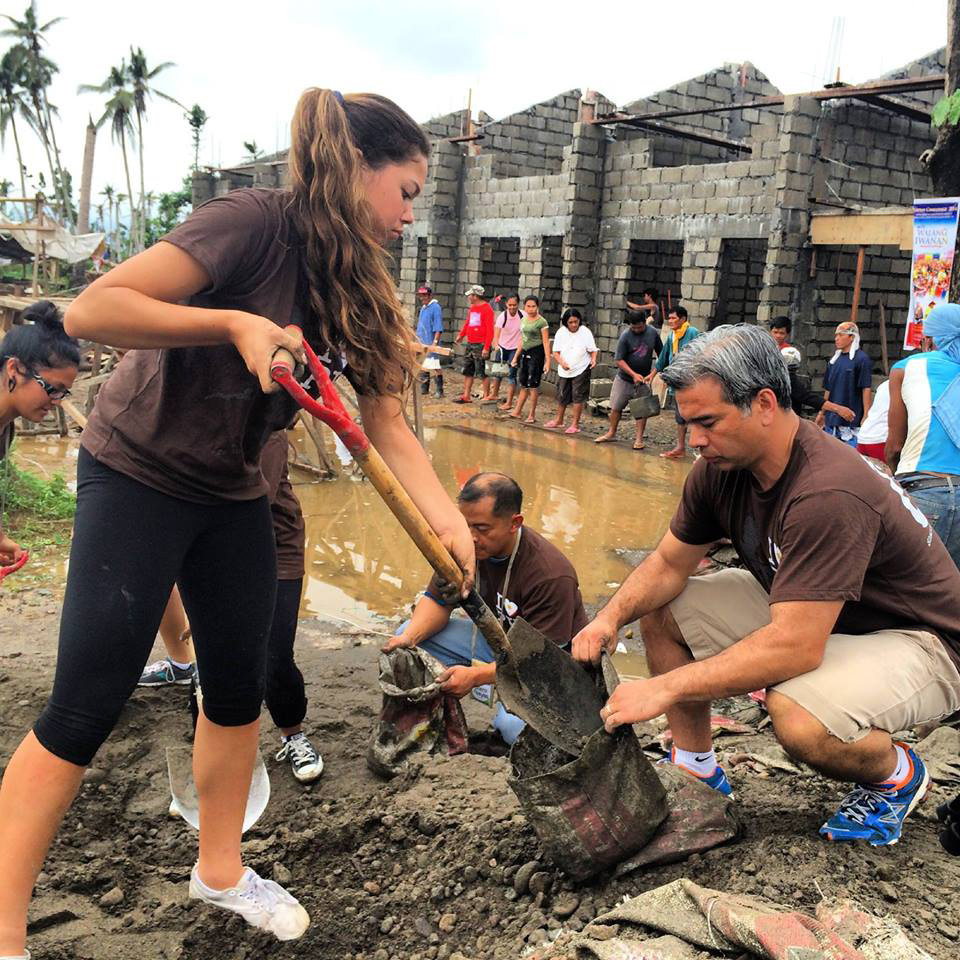Bonta (right) and his daughter joined the Gawad Kalinga delegation which rebuilt homes for residents who were affected by Typhoon Yolanda/Haiyan (Source: facebook.com)
