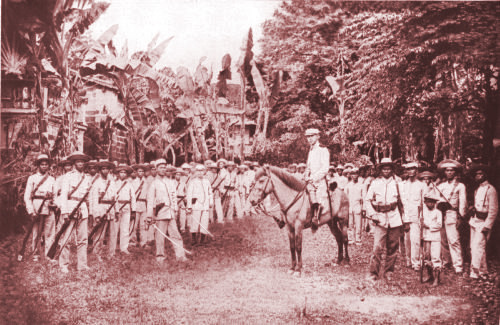 On Guard: Gregorio Del Pilar inspecting his troops (Photos from the collection of Jonathan Best and John L. Silva)