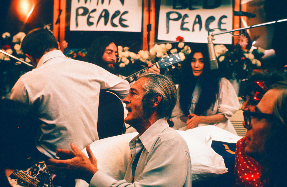 "John Lennon and Yoko Ono recorded ""Give Peace a Chance"" during protest movements of the 60s (Photo by Roy Kerwood/ Creative Commons 2.5 )"