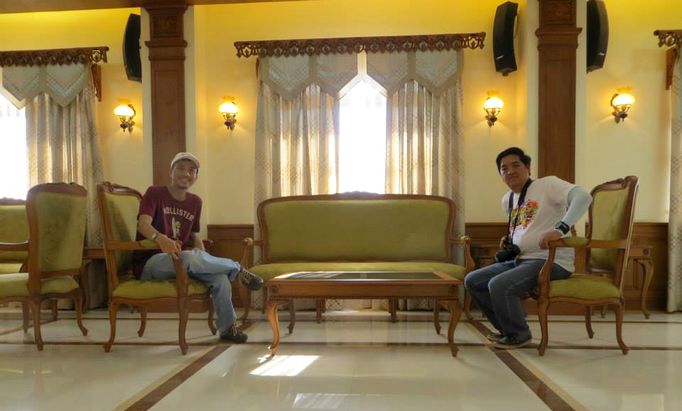 Lounging at Urduja Palace (Photo courtesy of Excel Dyquiangco)