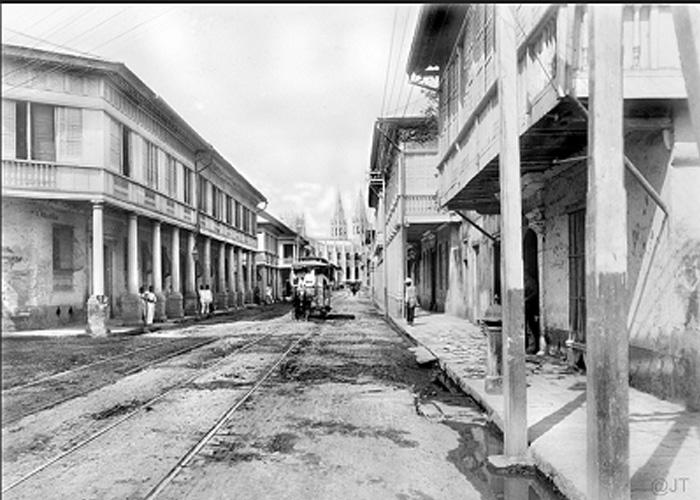 San Sebastian Street (Felix R. Hidalgo Street today) looking northeast towards San Sebastian Church in 1899. (Photo by John Tewell via Flickr)