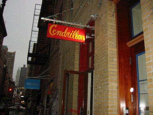 Cendrillion in SoHo, New York (Source: yelp.com)