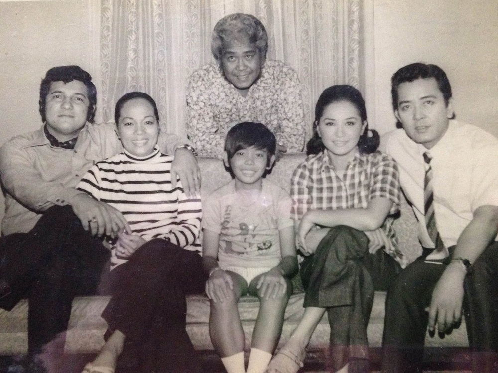 "Caridad Sanchez (second from left) with co-stars (L-R) Ronald Remy, Romy Lapuz, Nida Blanca, Luis Gonzales, and Dencio Padilla (standing) in the comedy hit series from the 1970s ""Wala Kang Paki"" (Photo courtesy of Cathy S. Babao)"