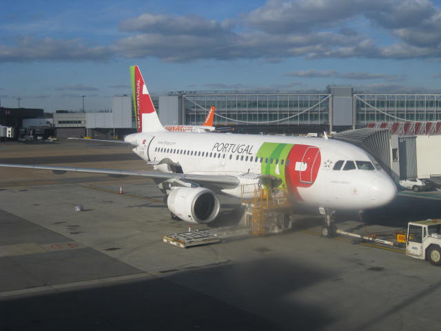 TAP Portugal is the equivalent of PAL in Portugal. This plane is parked at London's Gatwick airport and is about to leave to the Portuguese capital, Lisbon. The UK is now the leading destination of Portuguese migration. (Photo by Tiago Gutierrez Marques
