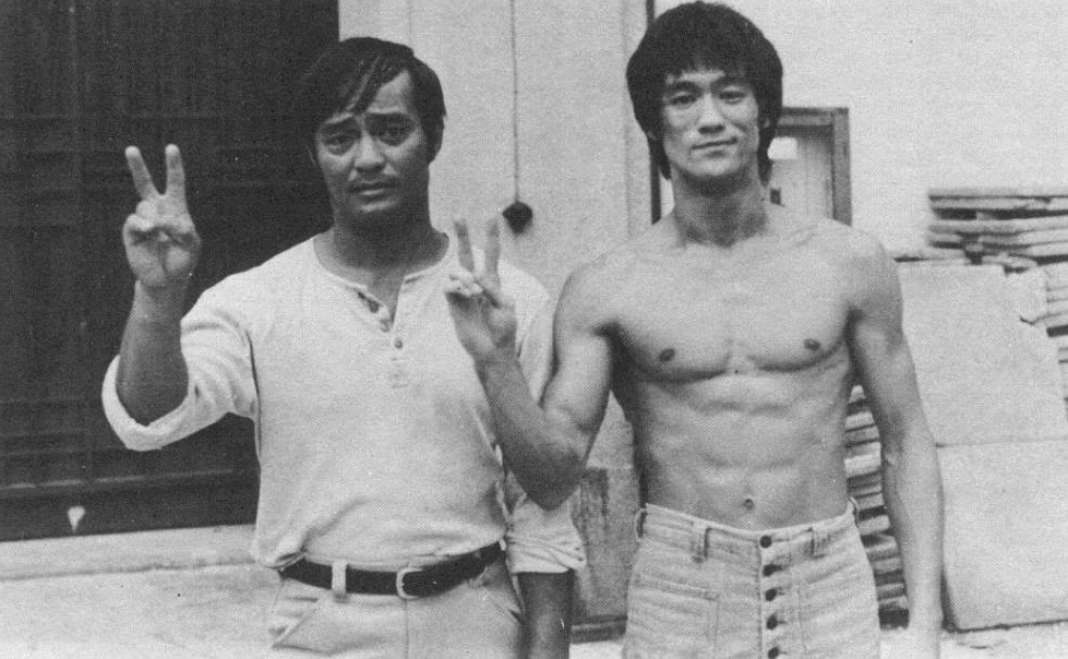 Dan Inosanto and Bruce Lee (Source:  Karate Bushido   Magazine/ Dan Inosanto's photo archives)