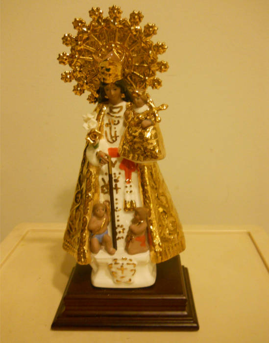 I brought home an image of Valencia's patron saint, Nuestra Señora de los Desamparados. (Photo by Rey de la Cruz)