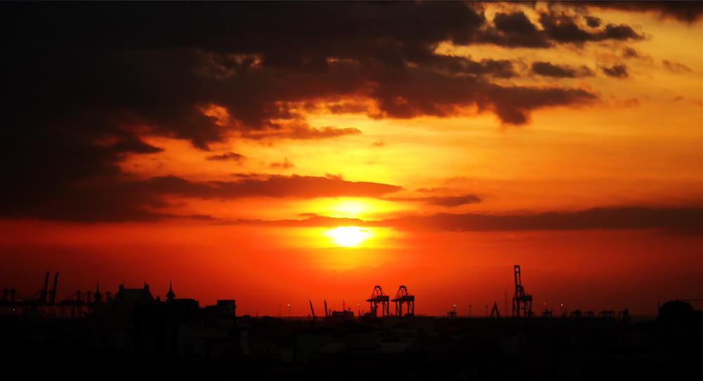 """Manila Sunset"" (Photo by Louis Delos Angeles)"