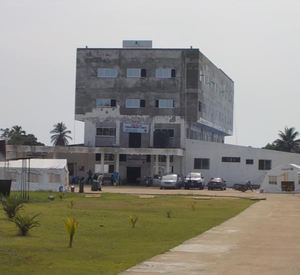 Island Clinic in Bushrod Island is a former private clinic transformed into an Ebola Treatment Unit (Photo by Dr. Jorge Emmanuel)