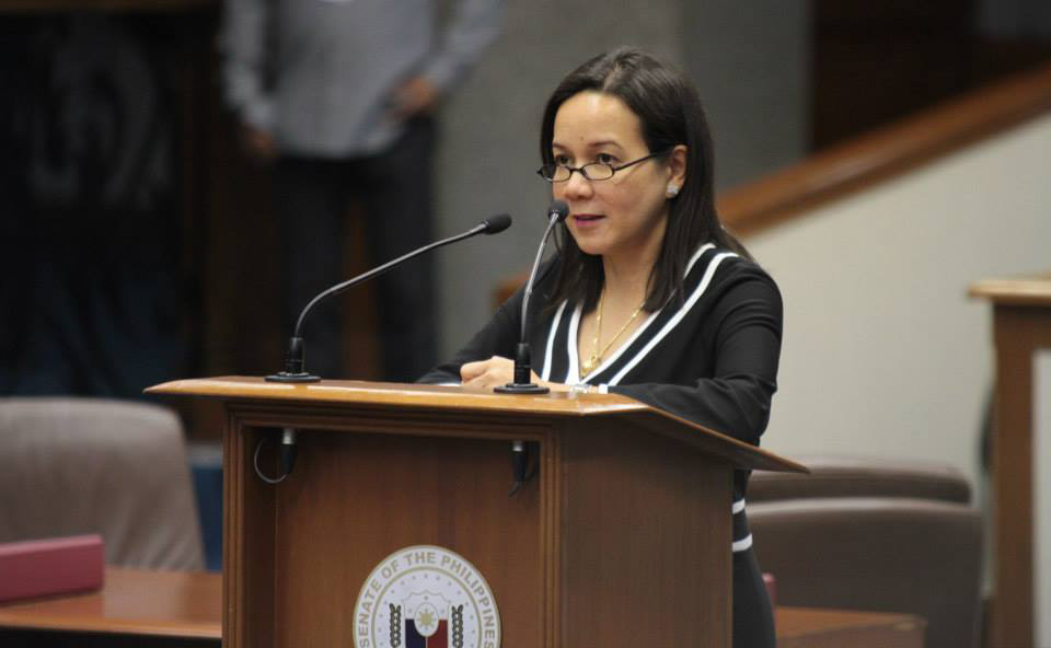 Sen. Poe during a privilege speech (Source: wikipedia.org)
