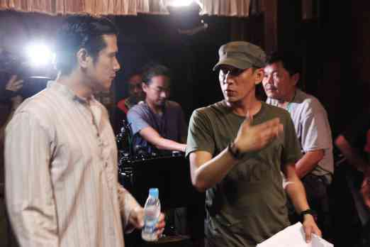 Actor Robin Padilla with director Enzo WIlliams (Source: inquirer.net)