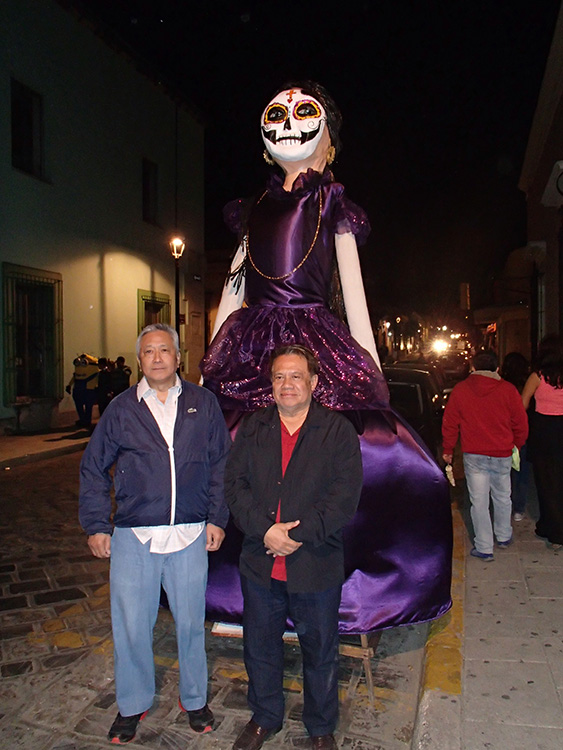 Chitong   Rivera and Gari Tiongco in  Oaxaca during the Dia de Muertos festival (Photo courtesy of Danny Gozo)