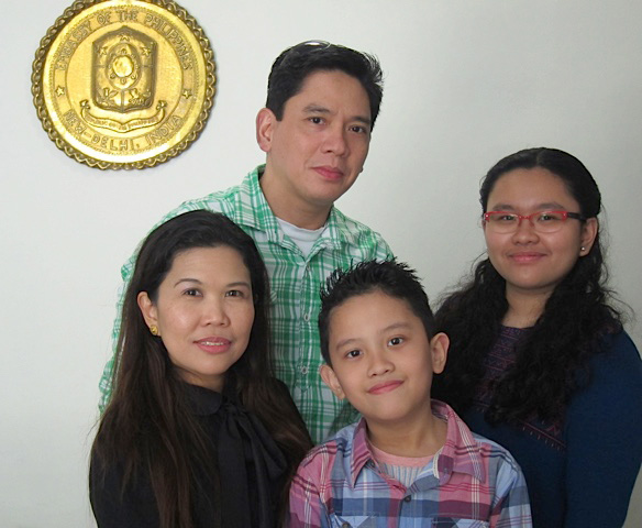 ASEAN and Cultural Officer Jeanette B. Ramos and her family: husband Reigner, son Jan Regz and daughter Eden Roc (Photo by Mona Lisa Yuchengco)