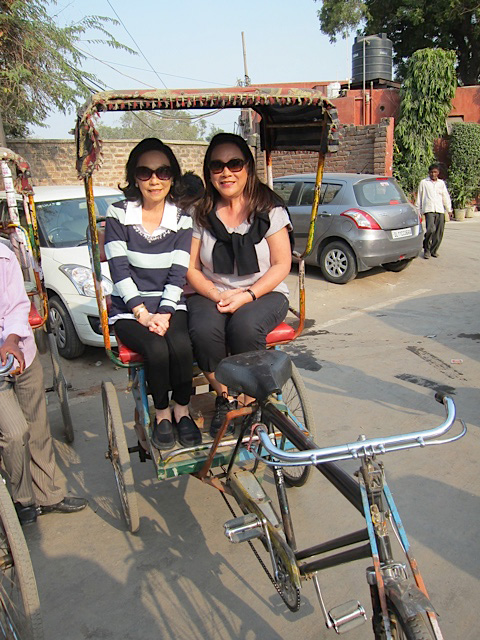 Bella Yuchengco (left) and the author on a  tuktuk  (Photo courtesy of Mona Lisa Yuchengco)