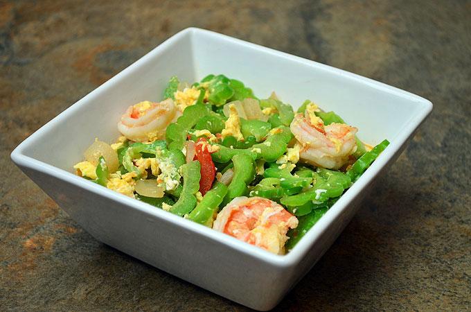 Shrimp Ampalaya (Source: kawalingpinoy.com)
