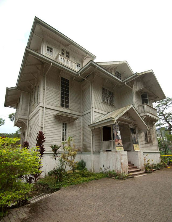 The White House. This famous old house in Baguio serves as a museum for bamboo. (Photo courtesy of the Philippine Bamboo Foundation, Inc.)