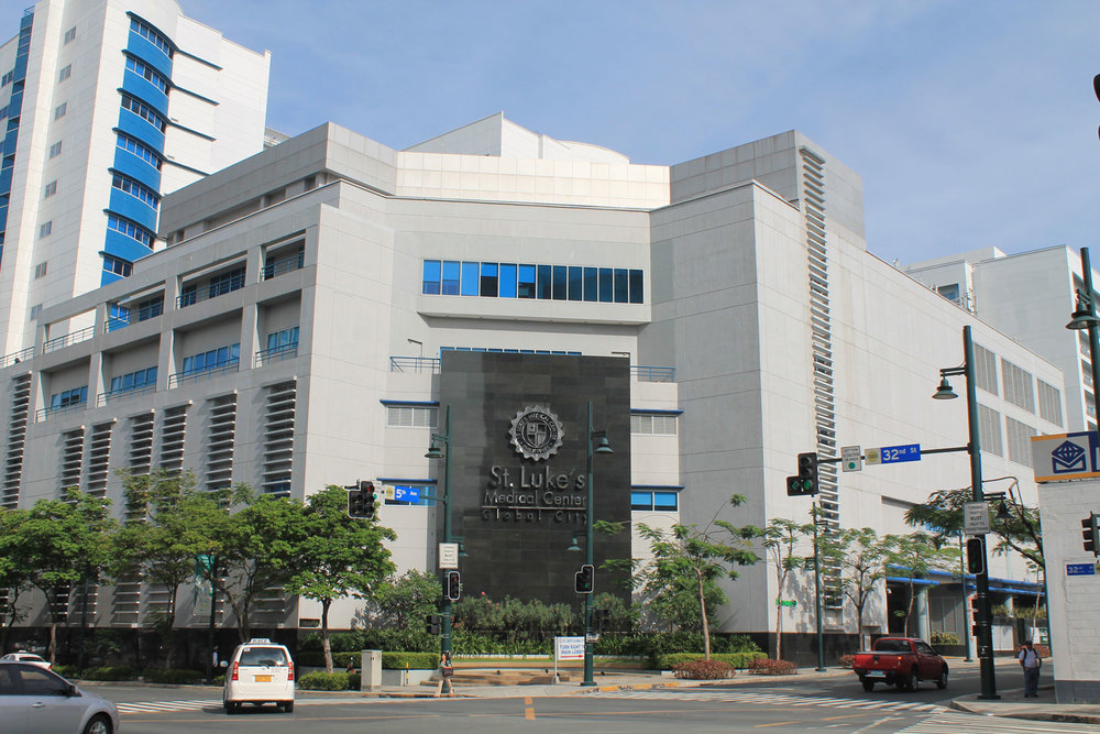 Bonifacio Global City's St. Luke's Medical Center, one of the advanced medical facilities in the country (Source: wikipedia.org)