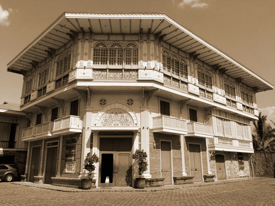 Casa Bizantina (c.1890), rescued from years of neglect in Binondo, Manila, now offers luxury accommodations. (Photo by Omar Paz)