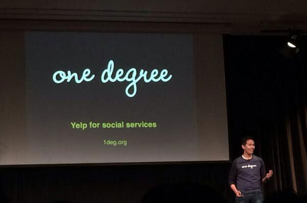 Rey Faustino presents One Degree at the Y Combinator Demo in March, 2014 (Photo courtesy of Rey Faustino)