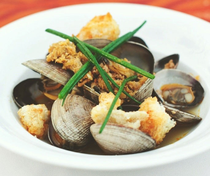 San Miguel Steamed Clams (Photo courtesy of LASA Restaurant Project)