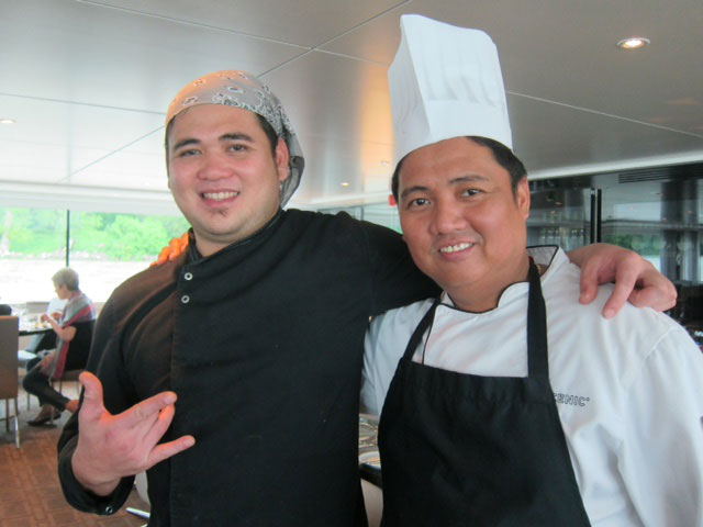 Francis Delazo (left) and Jonathan Hidalgo (Photo by Mona Lisa Yuchengco)