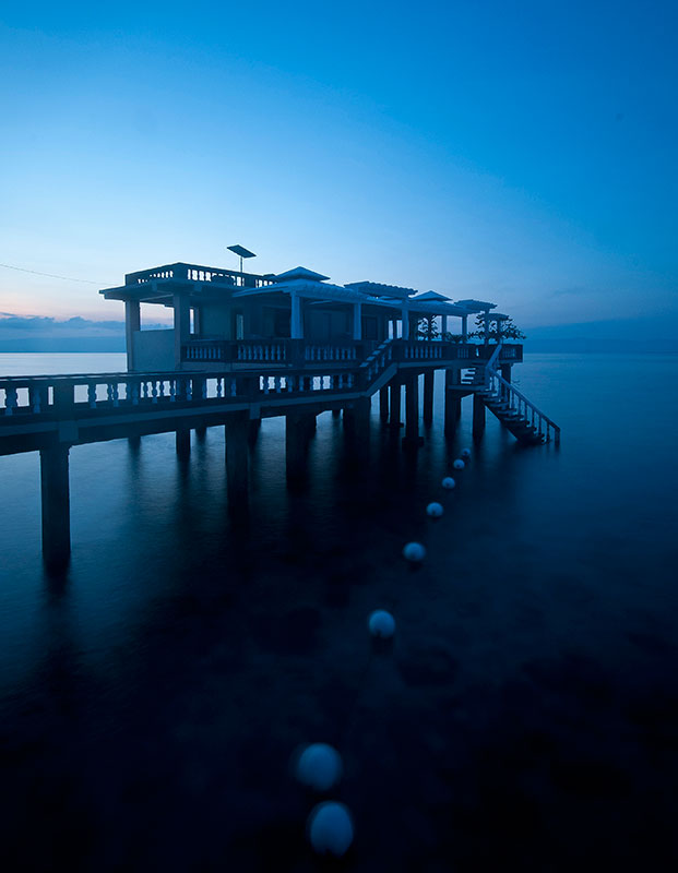 The lone ranger station on Mantalip Reef in Bindoy stands watch against poachers, from dusk to dawn. In protecting Tañon Strait, vigilance is the name of the game. (Photo by Oggie Ramos)