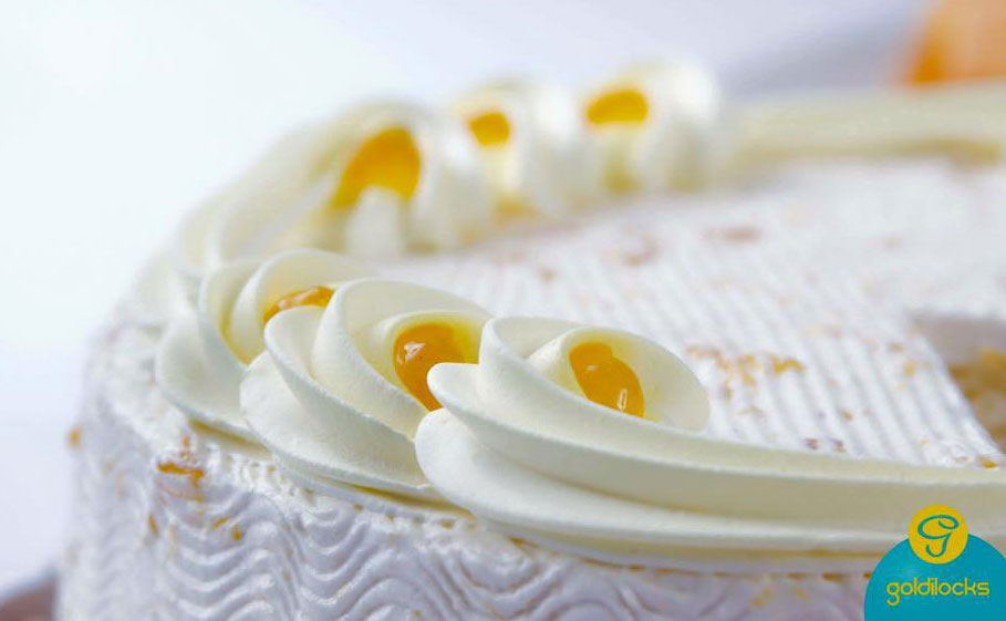 Goldilocks' Mango Cake (Courtesy of Goldilocks Bakeshop)