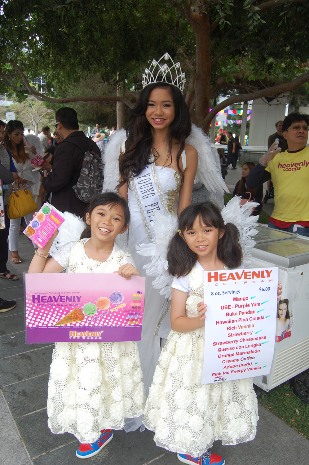 Misss Young Philippines USA Lexus Lagumbay at the Heavenly Ice Cream booth (Photo by Raymond Virata)