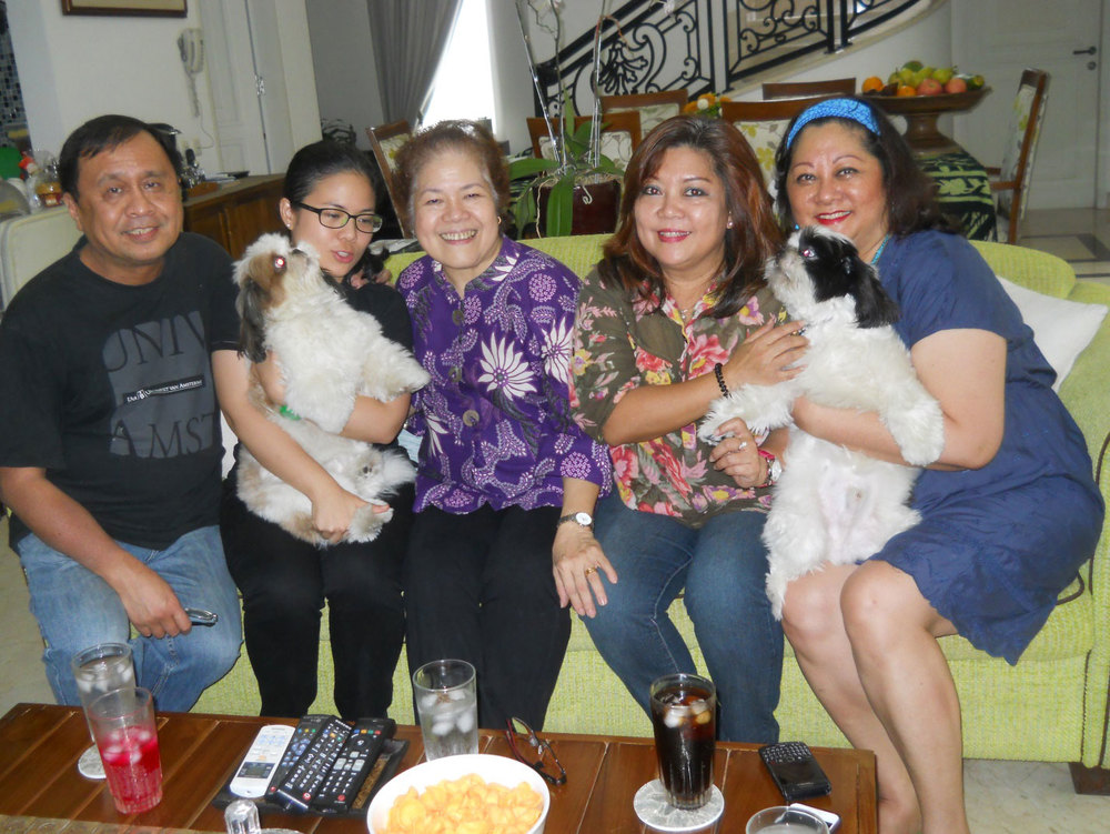 Rey E. de la Cruz, Bella Subagyo, Clarissa Bañuelos Subagyo (Quezon City), Rose Marie Heradura Kartodirdjo (Manila), and Bernadette M. Soedaryo (Manila) (Photo courtesy of Rey E. de la Cruz/Photo editing by Ivan Kevin Castro)