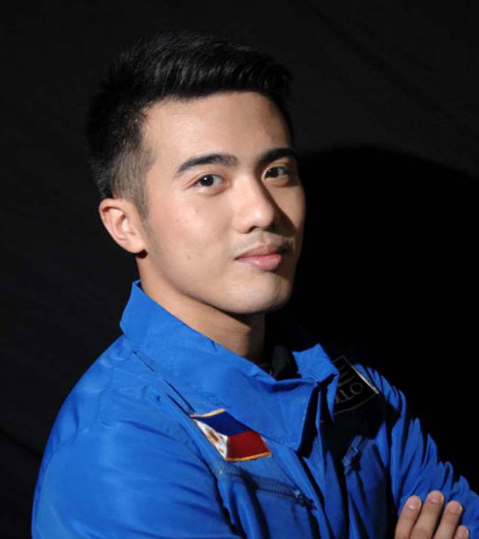Filipino astronaut Chino Roque (Source: rappler.com/Axe Philippines)
