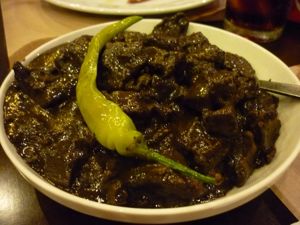 Dinuguan (Source: bestoffilipinorecipes.blogspot.com)