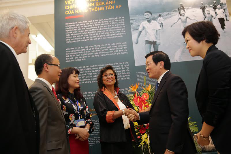 Ronson with Vietnam President Truong Tan Sang (Photo courtesy of Maria Ronson)
