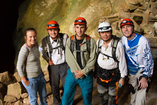 Ed Delgado (fourth from left) did technical spelungking (cave exploration) in the sagged cave connection from Lumiang to Sumaging in Sagada, Mountain Province, Philippines (Photo courtesy of Jose Eduardo C.Delgado)