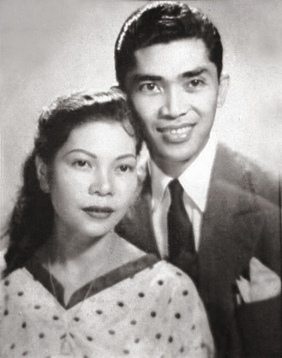 Diego and Leonora, newly wed in 1945