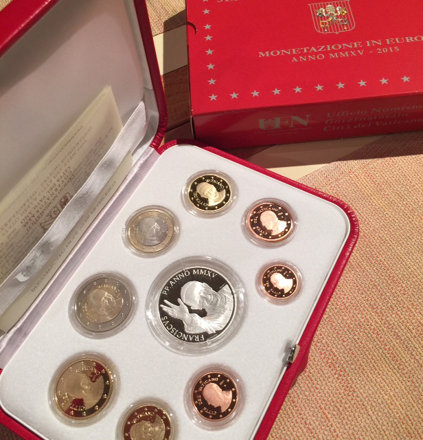 Tokens given by the Vatican, commemorative coins of Pope Francis (Photo courtesy of Nitz Almazora).
