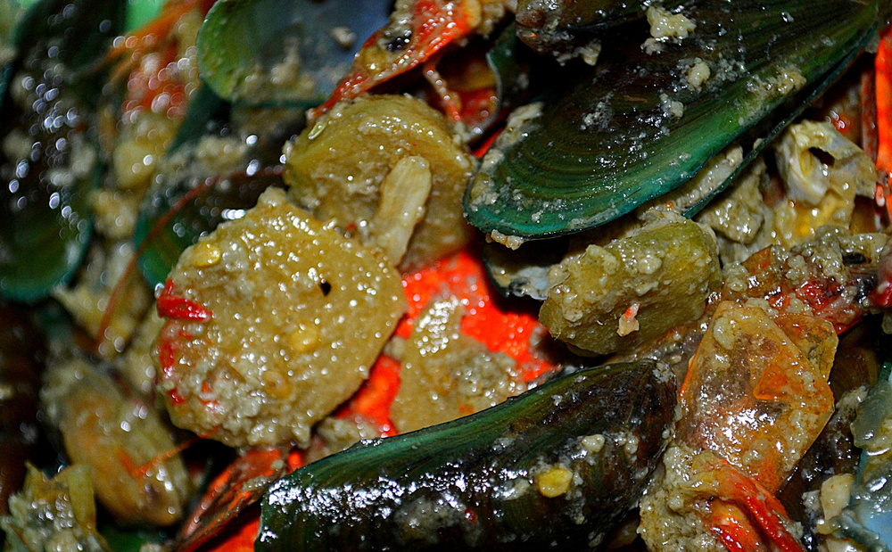 Bicol Express with Mussels (Source: tagaibaanako.files.wordpress.com)