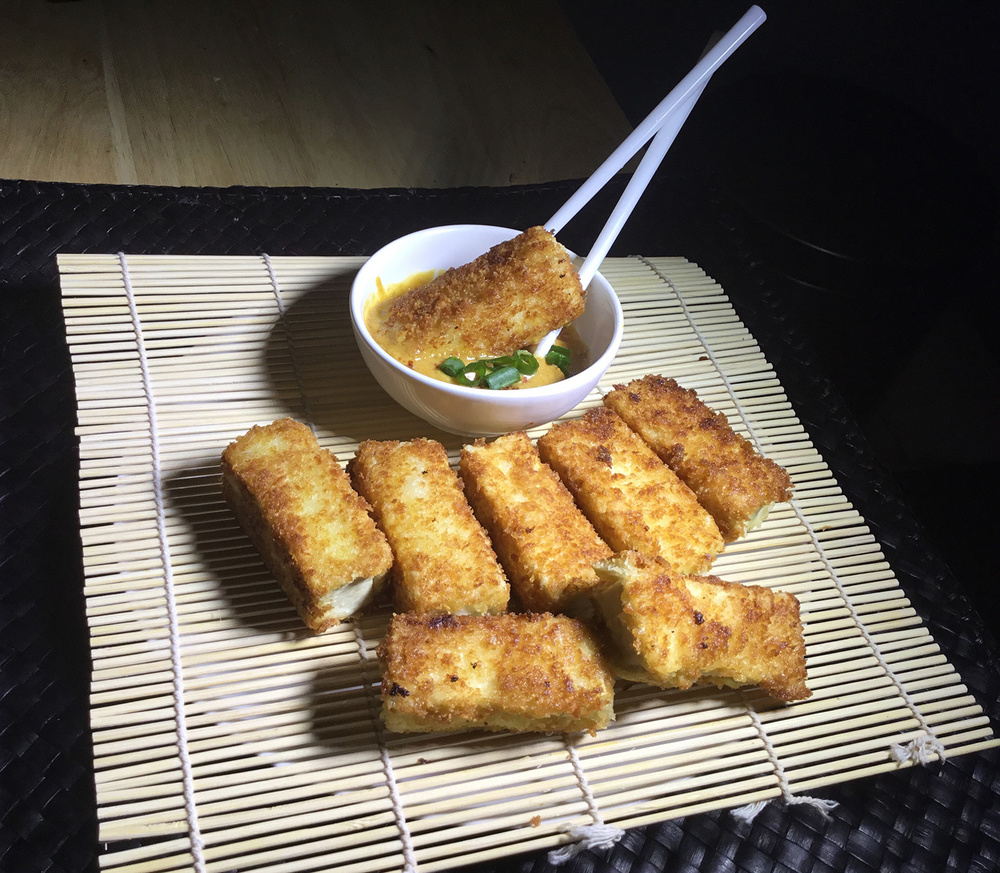 Breaded Tofu with Thai Peanut Sauce